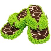 LazyOne Unisex Giraffe Looong Day Spa Slippers
